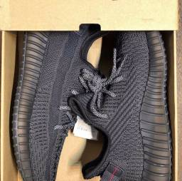 Adidas Yeezy Boost 350 triplo black