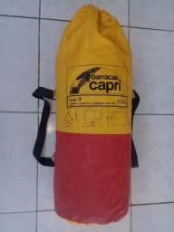 Vendo uma Barraca Capri pra 3 pessoas adultas de lona grossa original 400