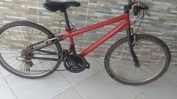 bicicleta média de marcha