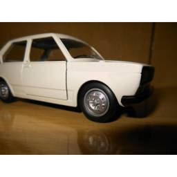 Miniatura Fiat 147 (Nova)