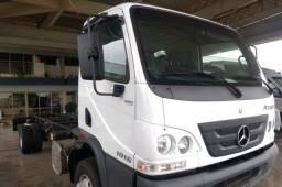 Caminhão MB 1016 2021 0 km