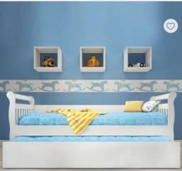 Cômoda e cama da babá