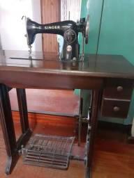 Máquina de costura SINGER 1851 completa