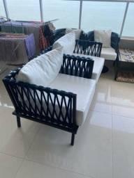 Conjunto de sofa para área externa.