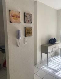 Alugo apartamento no Condomínio Home Practice Cohab