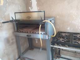 Forno e fogão industrial