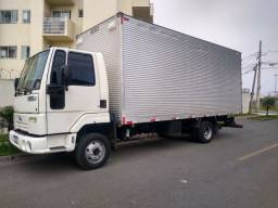 Ford Cargo 815 2010