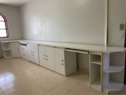 Mesa + armários para escritório
