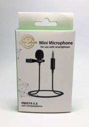 Título do anúncio: Microfone de Lapela Com Cabo 1 Metro e Conector P3 Alta Qualidade Chic Shine Novo na Caixa