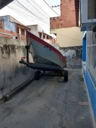 Barco de alumínio com carreta e motor 15hp  *