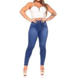 Calça jeans cos detonado 40 e 44 disponível