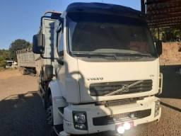 Caminhão boiadeiro VM 260  romeu julieta