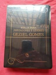 Promoção relâmpago Bíblia para pregadores e líderes Geziel Gomes Nova lacrada