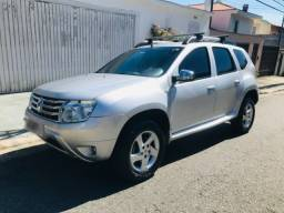 Renault Duster 2.0 Dynamique 4X2 manual ano 2013