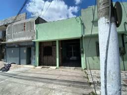 Alugo excelente casa na José Bonifácio sem garagem