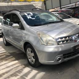 Nissan Livina 1.8 Flex Automática 2012