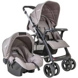 Carrinho de bebê e bebê conforto kiddo