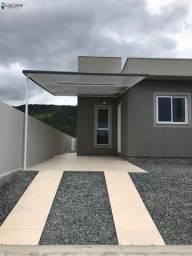 Ótima casa com 02 dormitórios em Itapema!