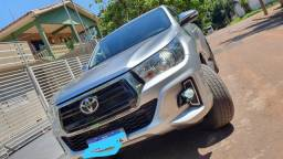 Toyota hilux SRV 2.7 automatica