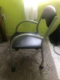 Cadeira de Escritório com rodinhas