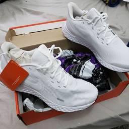 Tênis Novo Nike Revolution 5 Original Branco com NF