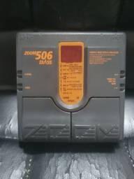 Pedaleira Zoom 506 Bass