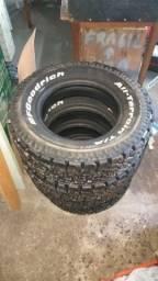 Vendo 4 pneus Bf Goodrich