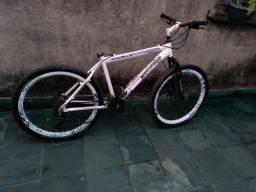 Bike track jet