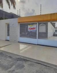 Casa localizada no bairro Salgado Filho )/