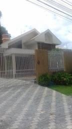 Casa à venda no Ecoville. Área de 820m²