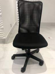 Cadeira semi nova tok stok
