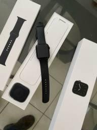 Apple Watch Series 5 Cellular + GPS - 44mm