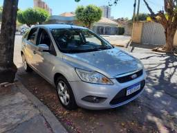 Ford Focus Hatch 2012 2.0 Flex Câmbio Manual Couro