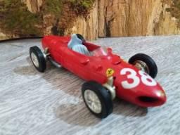 Miniatura Ferrari 1961 156 F1 1:35 (11cm) Shell