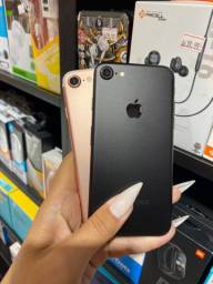 IPhone 7 128GB vitrine impecável + Capa e Película de brinde