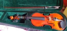 Violino semi-novo completo usados uma semana