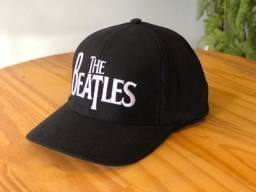 Boné The Beatles 6 gomos com estampa bordada preto