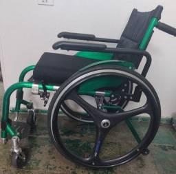 <br>Cadeira de roda  ortomix<br> Ver descrição