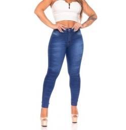 Calça jeans 40 e 42 disponível