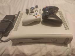 Xbox 360 com Kinect e 50 jogos