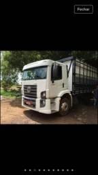 Caminhão 13180 boiadeiro com ar condicionado barato toco - 2010