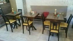 Conjunto de Mesas e Cadeiras alto padrão
