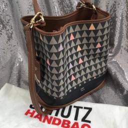 Bolsa Schutz Original Bucket Bag Triangle