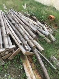 45 Escoras de madeira