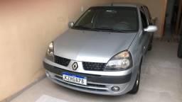 Vendo Renault Clio Pri 1.6 16Vs Sedan - 2005