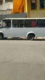 Micro ônibus 15 mil - 2007