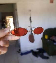 Óculos oval estiloso