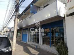 Ampla loja comercial com banheiro. Localizado na Rua Duque de Caxias.