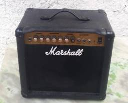 Marshall Modelo G15RCD