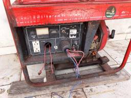 Motor Diesel com Gerador